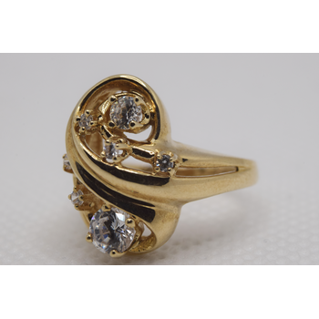 10KT Yellow Gold Cubic Zirconia Ring