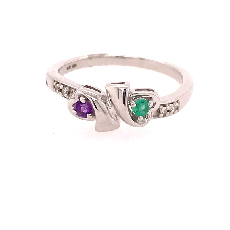 Colored Stone Fashion Amethyst and Emerald Ring