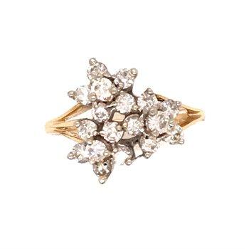 Diamond Flower Fashion Ring