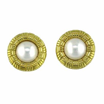 Gold Mabe Pearl Earring