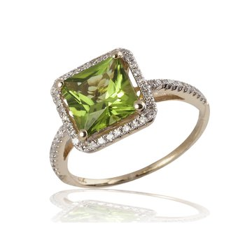 Brilliant Peridot Ring with Diamonds