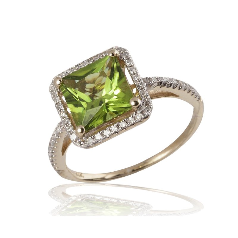 Brilliant Peridot Ring with Diamonds