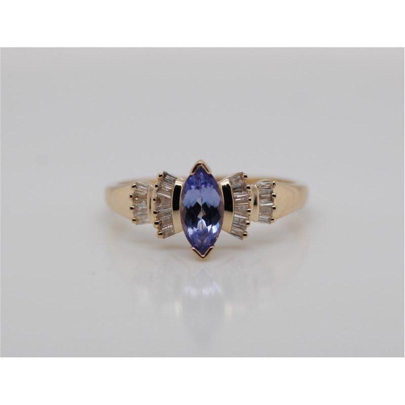 Estate Jewelry 200-02821