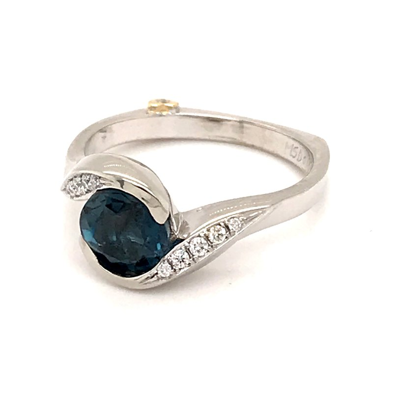 Barany Signature London Blue Topaz and diamonds fashion ring