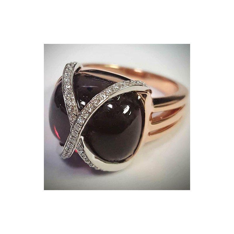 Barany Custom Designs Rose 14 Karat Garnet Fashion Ring