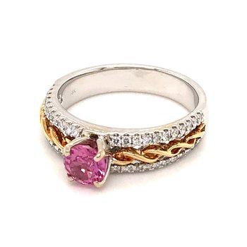 Pink sapphire and diamonds fashion ring