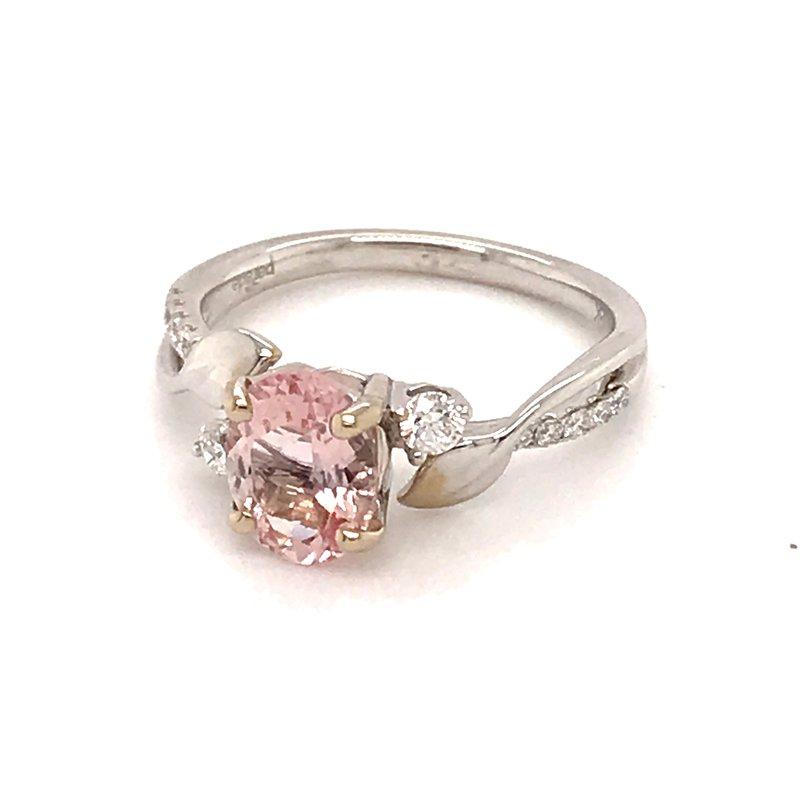 Barany Signature Morganite and diamonds fashion ring