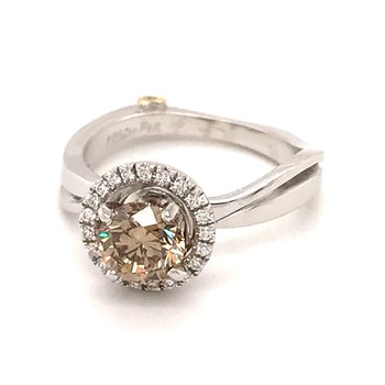 Cognac diamond fashion ring