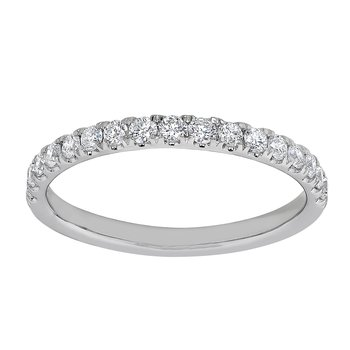3/8 Ctw Diamond Band