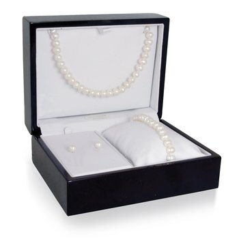 Matching Pearl Necklace, Bracelet, and Earrings Box Set