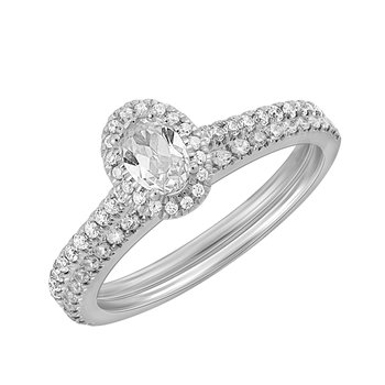 .95ctw Oval Halo Engagement Ring and Matching Band