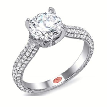 WHITE GOLD DIAMOND SOLITAIRE ENGAGEMENT RING