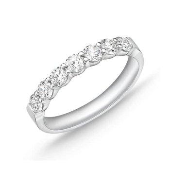 MEMOIRE PETITE PRONG DIAMOND RING