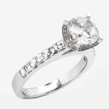 BEZ AMBAR SOLITAIRE ENGAGEMENT RING