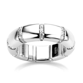 Pura Ring