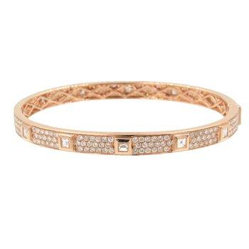 ROSE GOLD PAVE DIAMOND BANGLE