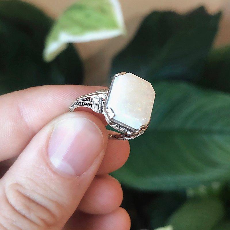 Estate Jewelry Opal Deco Fashion Ring