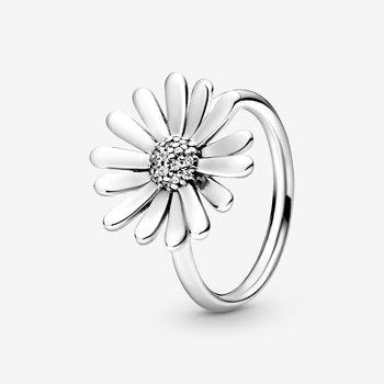 Daisy Flower Statement Ring, sz 7.0 - FINAL SALE