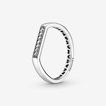 Sparkling Bar Stacking Ring. size 7.5