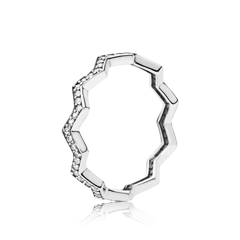 Pandora Shimmering Zigzag Ring, size 4.5