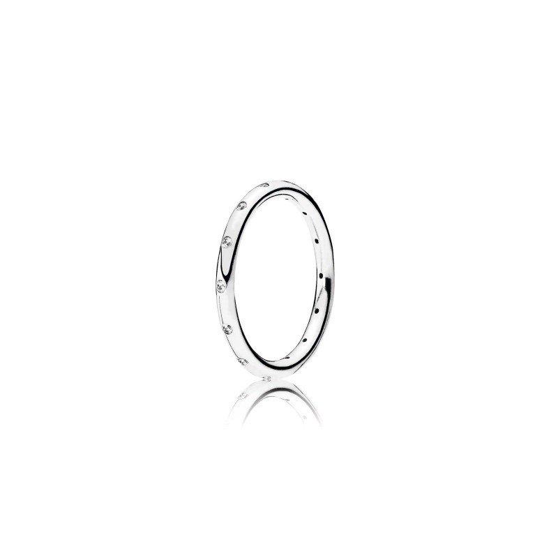 Pandora Simple Sparkling Band Ring, size 7.0