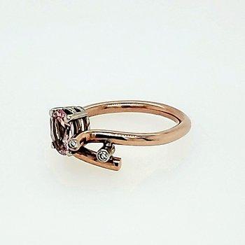 14K Morganite & Diamond Ring