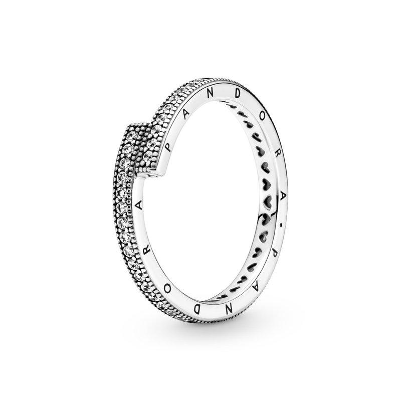 Pandora Sparkling Overlapping Ring, size 4.5