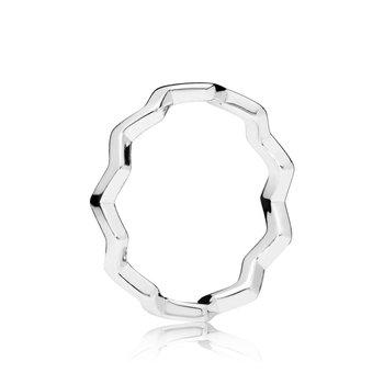 Timeless Zig Zag Ring, size 4.5 - FINAL SALE