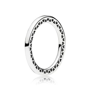 Classic Hearts of PANDORA Ring, size 6.0 - FINAL SALE