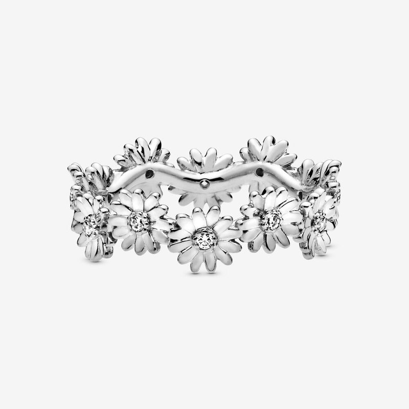 Pandora Sparkling Daisy Flower Crown Ring, size 6.0