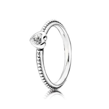 Clear Heart Beaded Ring, size 9.0