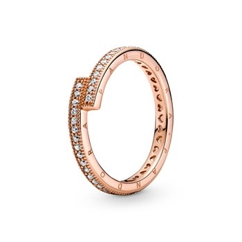 Sparkling Overlapping Ring, size 6.0