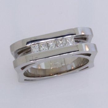 Gents Geometric Diamond Band
