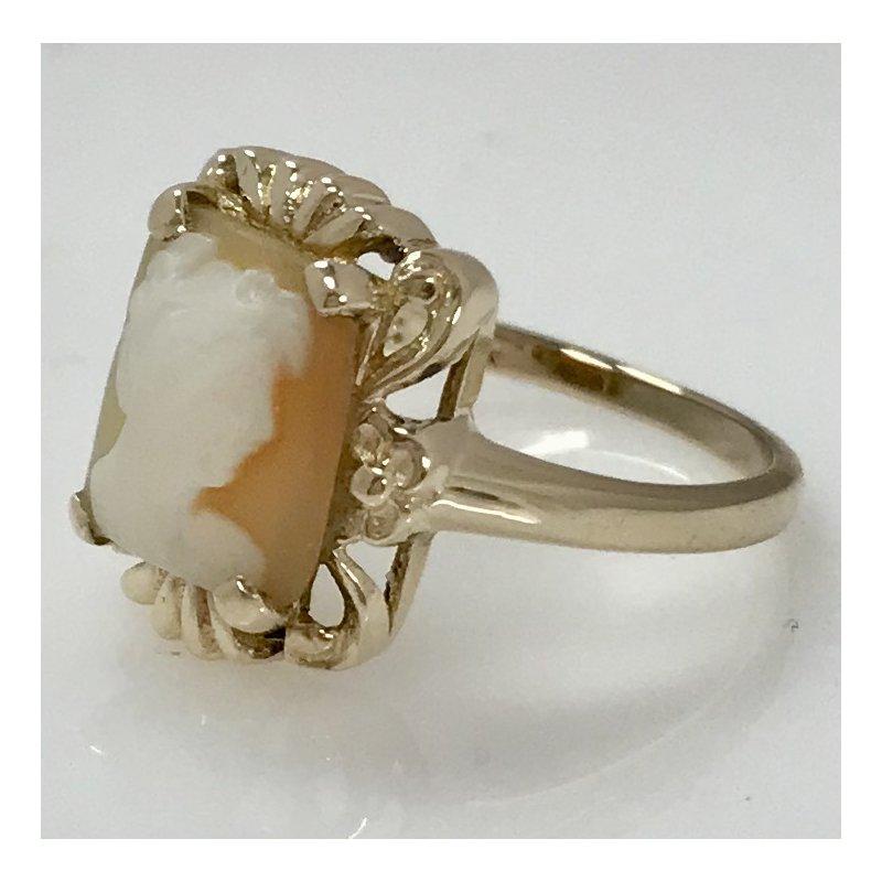 Estate Specials Vintage Cameo Ring