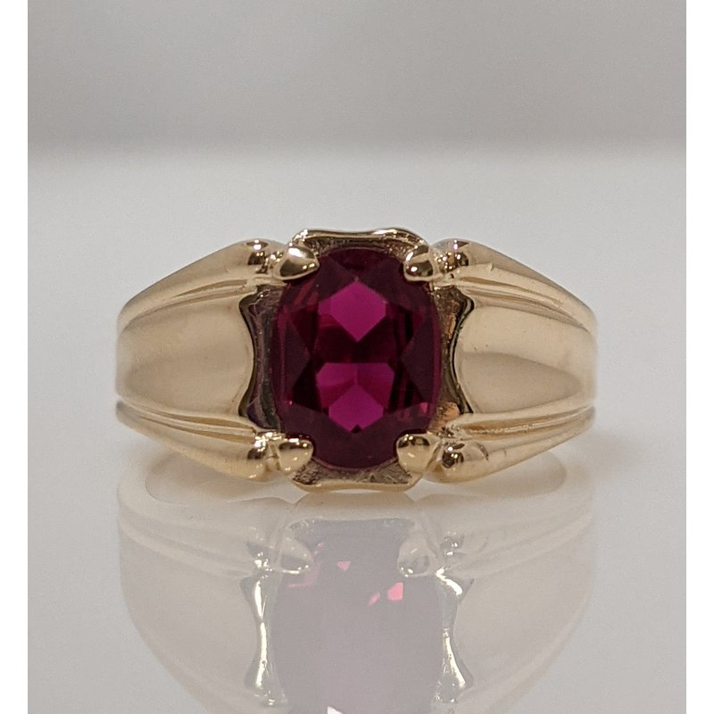Estate Specials 10KY Synthetic Ruby Ring