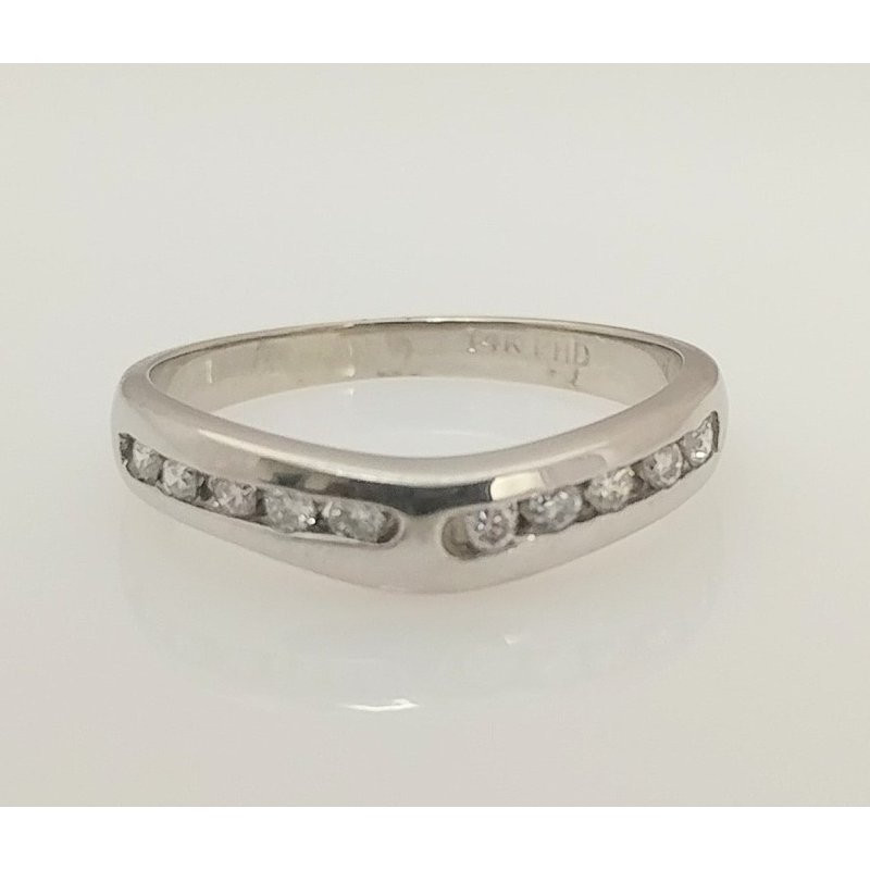 Showcase Collection 14KW Wedding Band
