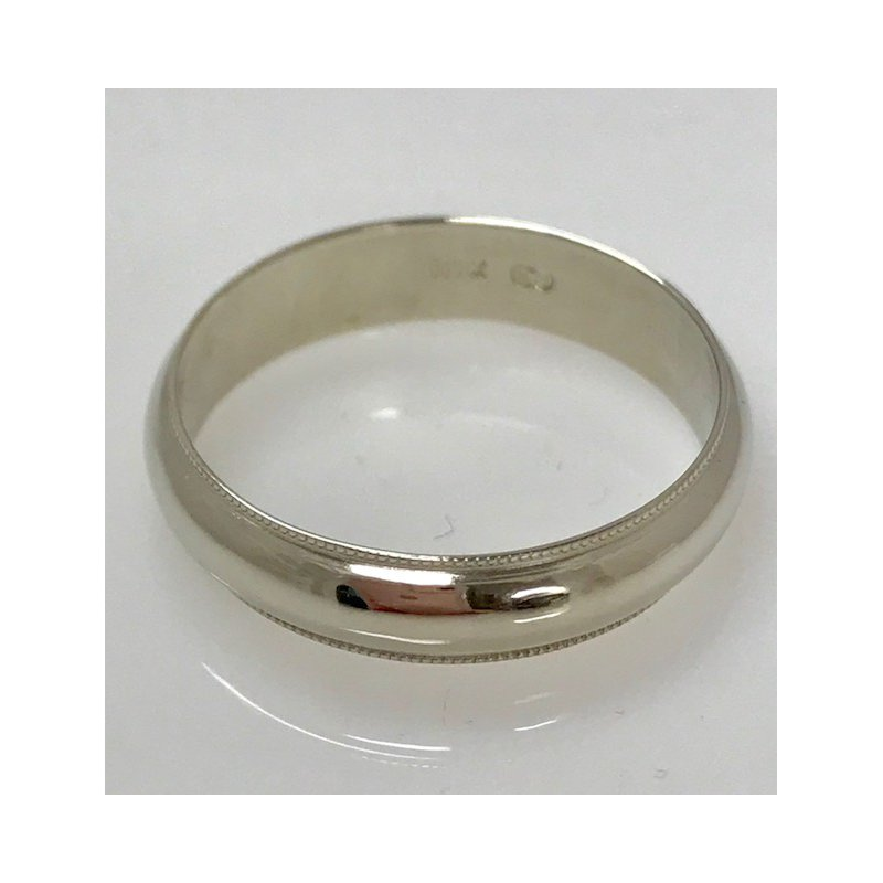 Estate Specials 10KW Wedding Band