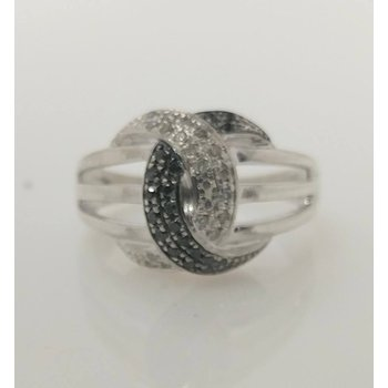 Sterling Silver Fashion Ring with CZs
