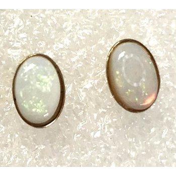 14k Oval Opal Studs
