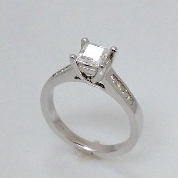 14KW Semi Set Engagement Ring