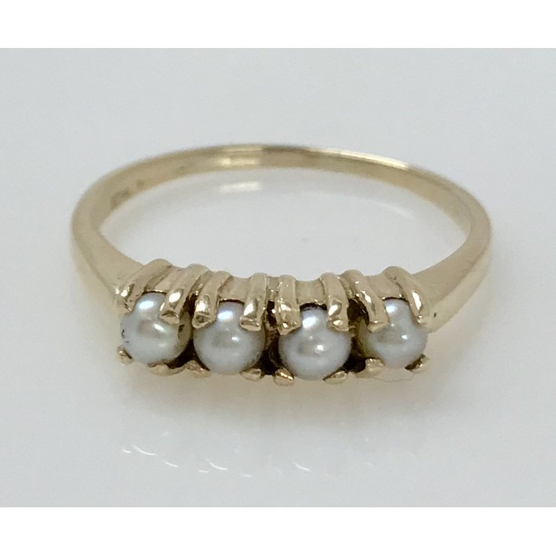 Estate Specials 10KY Vintage Pearl Ring