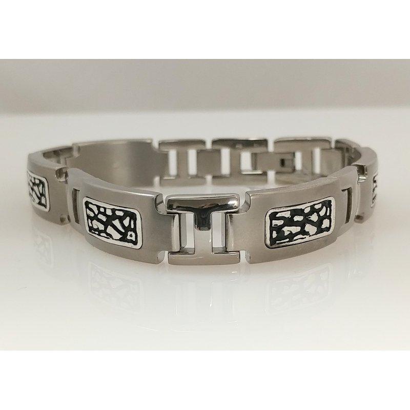 Showcase Collection Gent's Titanium Bracelet