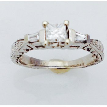 14KW Engagement Ring with Princess Center Stone