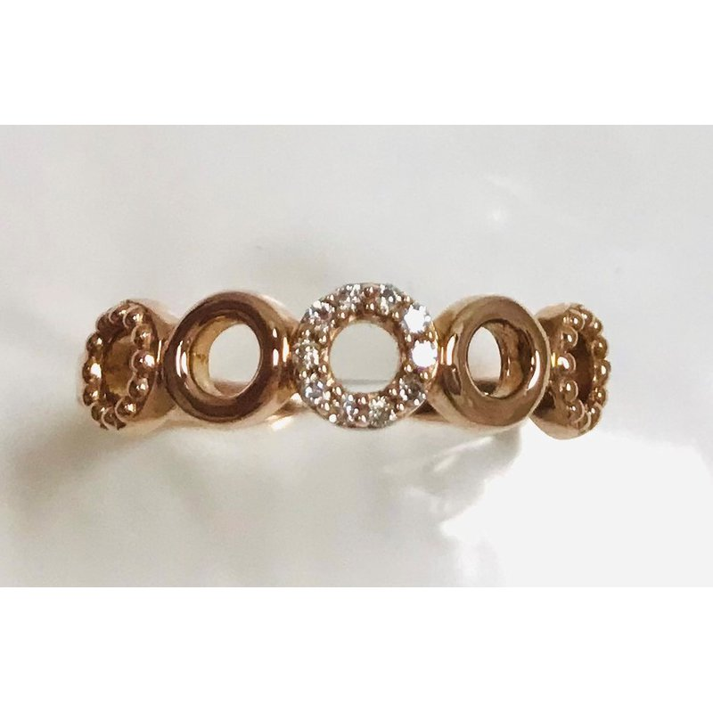 Showcase Collection 10KR Circle Ring with Diamond Accents