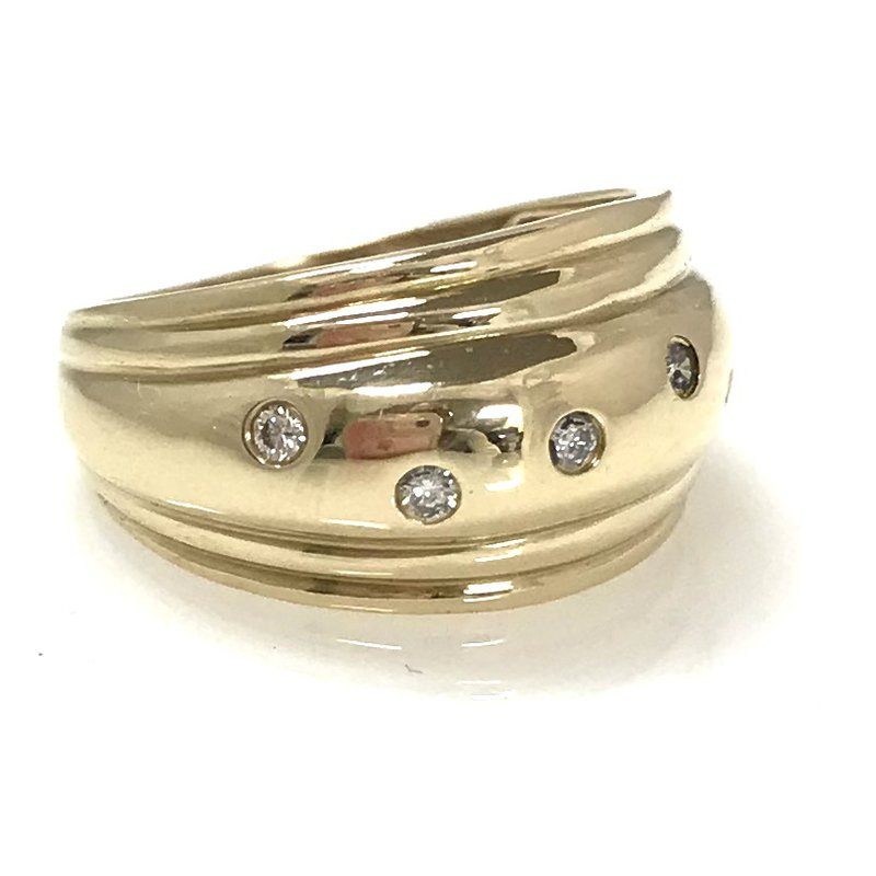Estate Specials 10KY Ring With Diamonds