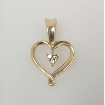 14KY Heart Pendant with Diamond Accents