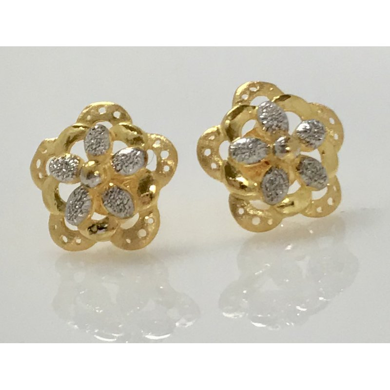 Estate Specials 22KY Floral Studs