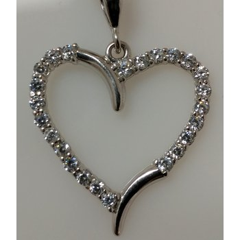 10KW Heart Pendant with CZ