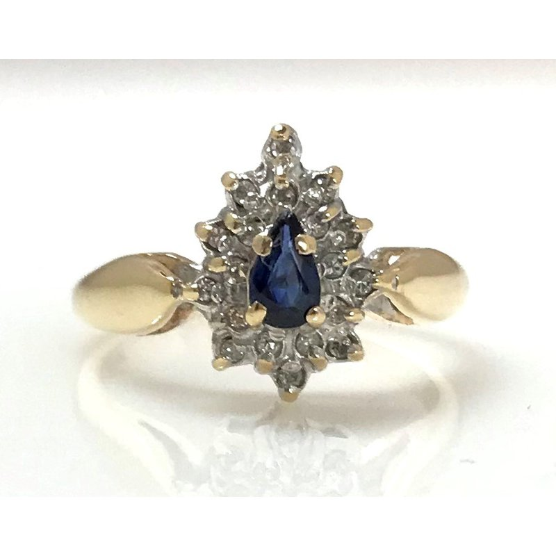 Estate Specials 10KY Sapphire and Diamond Cluster Ring