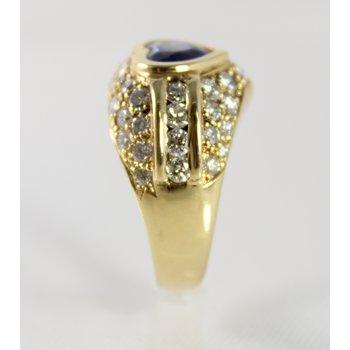 18 Kt Yellow Gold Ceylon Sapphire & Diamond Ring
